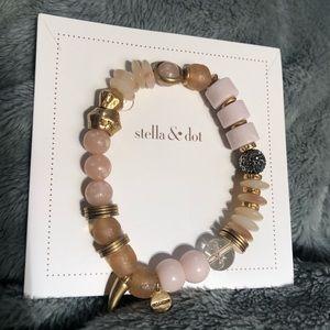 Stella & Dot Anda Intention Bracelet Courage